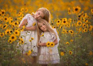 ژست عکاسی کودک - آتلیه نوزاد - عکس کودک - آتلیه باداری - آتلیه نگاه برتر